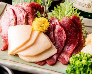 九州名物の馬肉が旨い!部位によって異なる味わいが楽しめる!